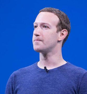 Ex compañero de Mark Zuckerberg afirma que el 50% de los perfiles en Facebook son falsos