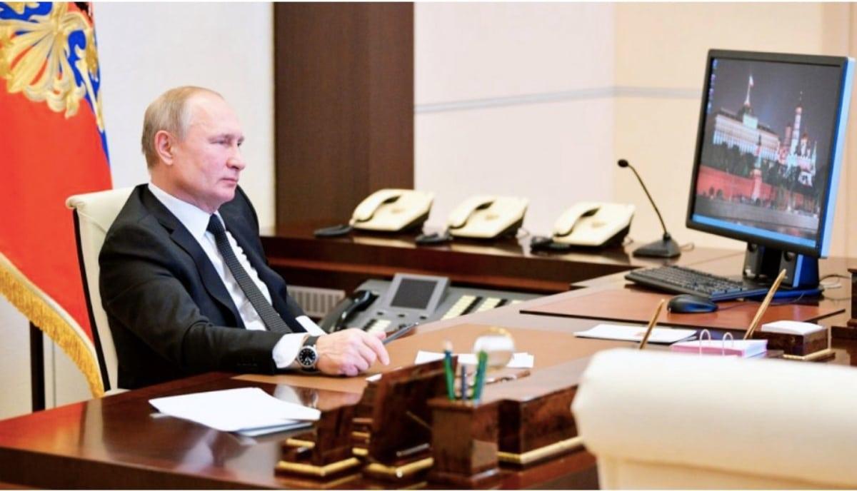 El Presidente Vladimir Putin aún sigue utilizando 'Windows XP' en su oficina