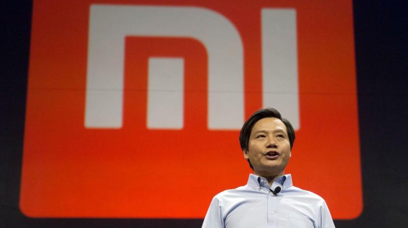 El CEO de Xiaomi fue atrapado utilizando un iPhone