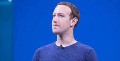 Empleados de Facebook recurren a Twitter para criticar a Mark Zuckerberg