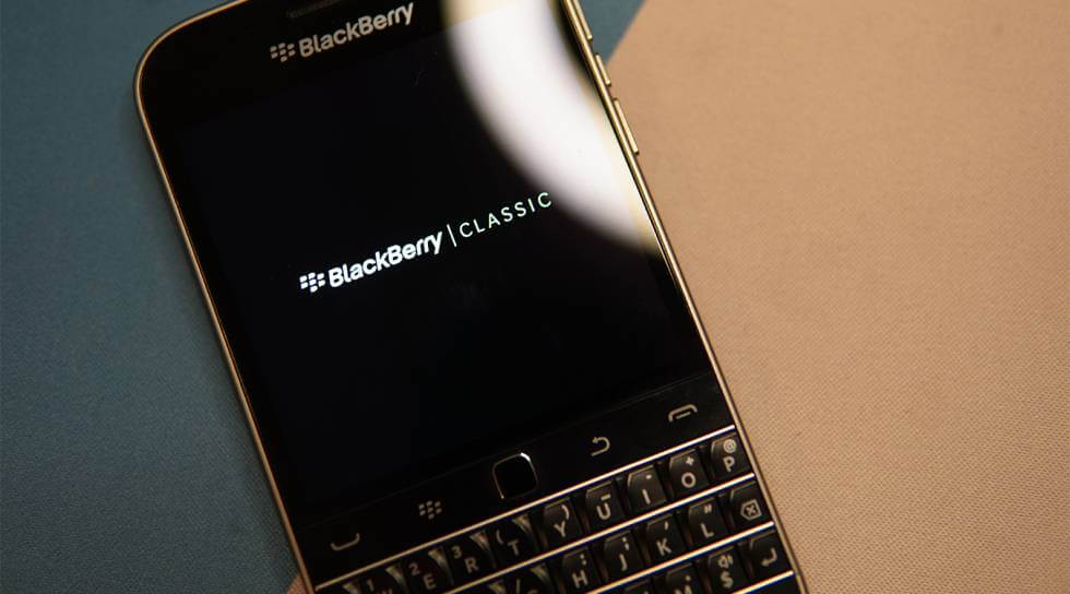 BlackBerry Anuncia que sacará un nuevo teléfono Android 5G con Teclado Físico
